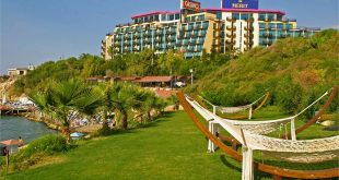 merit-crystal-cove-hotel